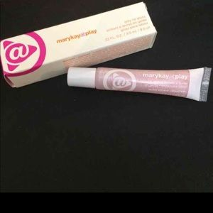 Mary Kay @ Play Lip Gloss: Glow With It